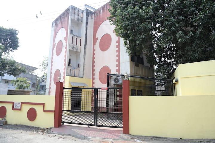 2 bedroom modular kitchen apartment,posh,Nagpur