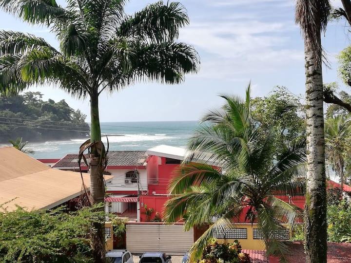 Lindo apartamento en Playa Bonita 3, vista al mar