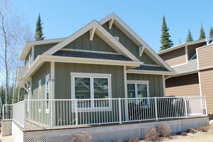 Escape to the woods in luxury at Elk Ridge