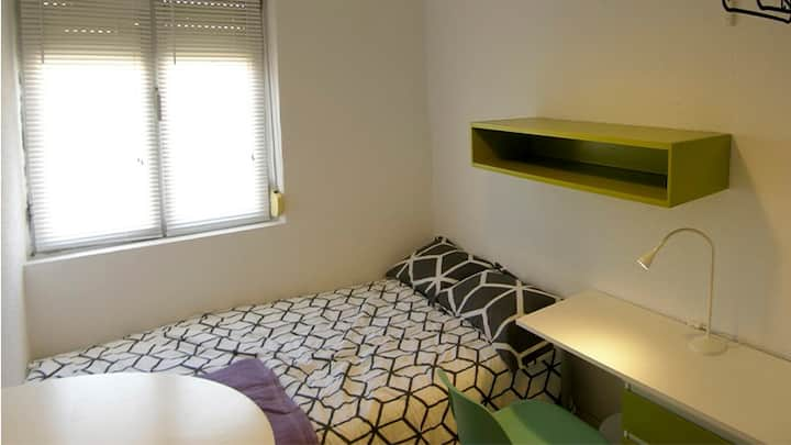 DOWNTOWN SAGUNTO - ROOM03
