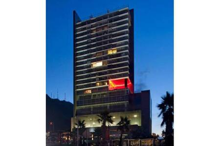 Sophisticated Living. Prime Location & Best View - Monterrey - Apartment