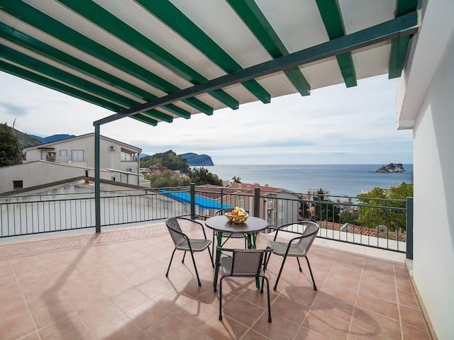 Apartments DDM - Studio  with Sea View (Darijo)