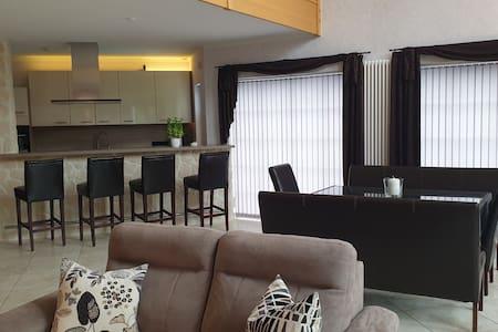 Oberkrämer tolle Wohnung bis 8 Pers.mit gr.Terasse