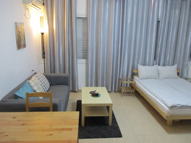 Studio apartment Rothschild Petah Tikva - Petah Tikva - Apartment