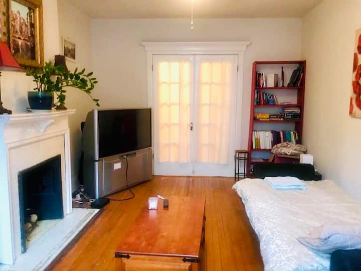 """Furnished Bedroom in DC with TV & Wifi"""