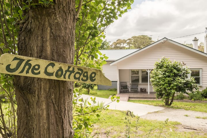 The Caretaker's Cottage Main Ridge, near Red Hill