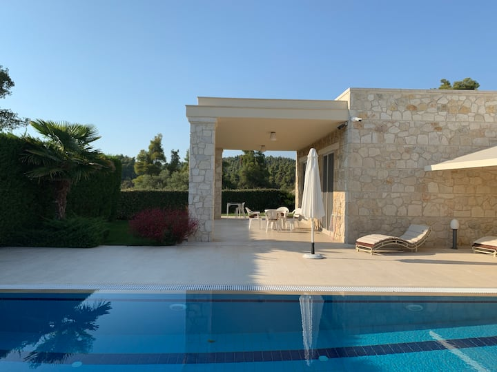 Lux Villa with swimming pool, Elani, Chalkidiki