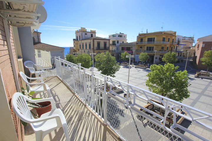 Talete, 40 mt. from the beach - Marina - Apartment