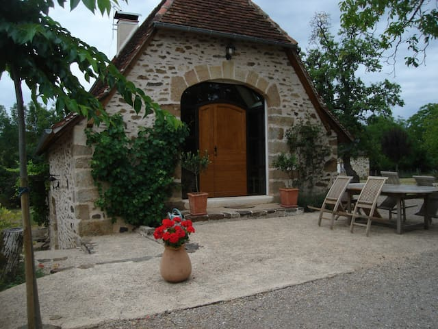 Gîte de la Roudière - Lacapelle-Marival - Hus