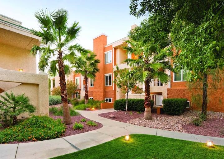 2 bedroom condo @ Tropicana Resort in Vegas