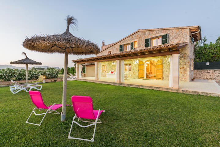 Peaceful location with garden - Villa Can Ferrer