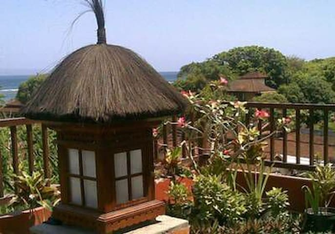 Cozy Room Near the Beach at Sanur - Denpasar - Huoneisto
