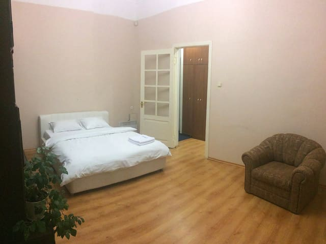 Studio apt in front of Arena Gulliver Central str.
