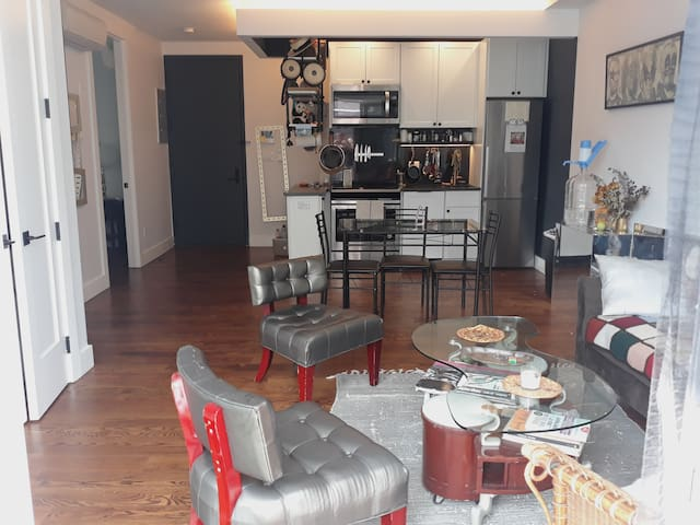 Clean and quiet Room in brand new 2 BR apartment