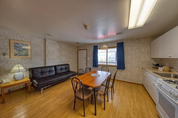 Sea Spray Motel | 4 Person Suite