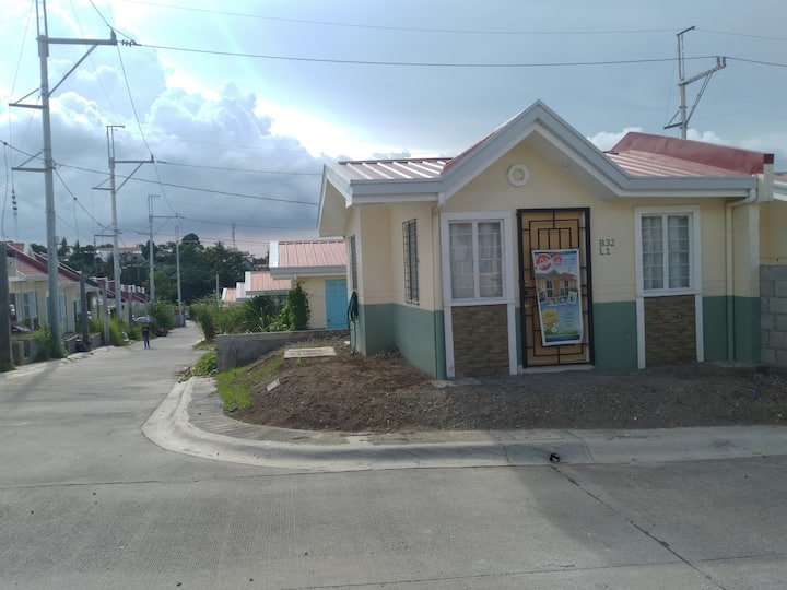 Pie's Affordable Homestay at Carmona, Cavite