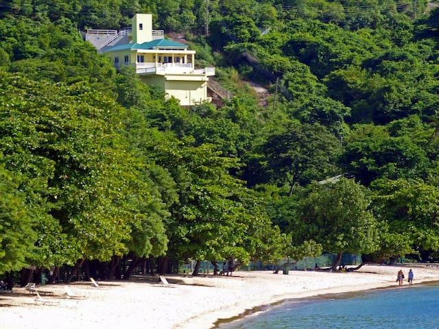 Belle Morne Rouge Beach Villa