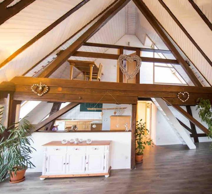 Pferdehof, romantische 3 Zimmer Wohnung , 87 m2