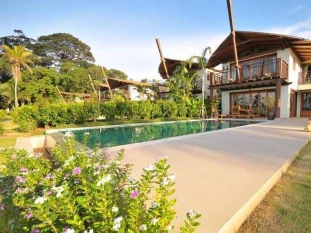 2 bed Luxurious Pool Villa on Coconut Island