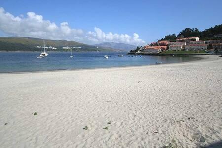 Acogedor apartamento a dos minutos de la playa - Corcubión