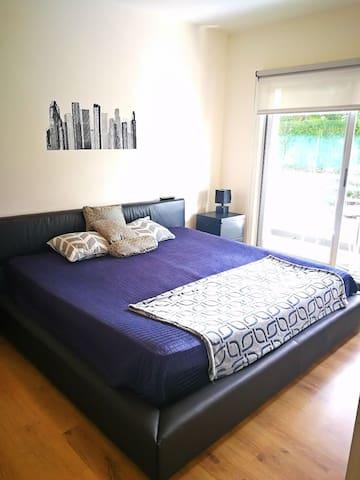 King size, new mattress!