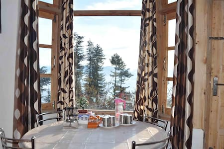 Comfy Rooms&Himachali Dishes With Panoramic Views - Cheog - Ház