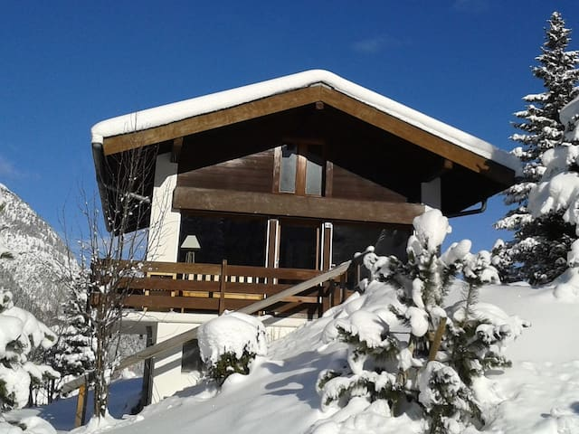Cosy mountain cottage/chalet - La Fouly - Chalet