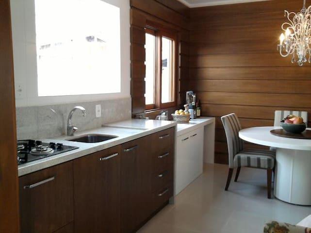 Casa charmosa na Serra Gaúcha - カネラ(Canela) - 一軒家