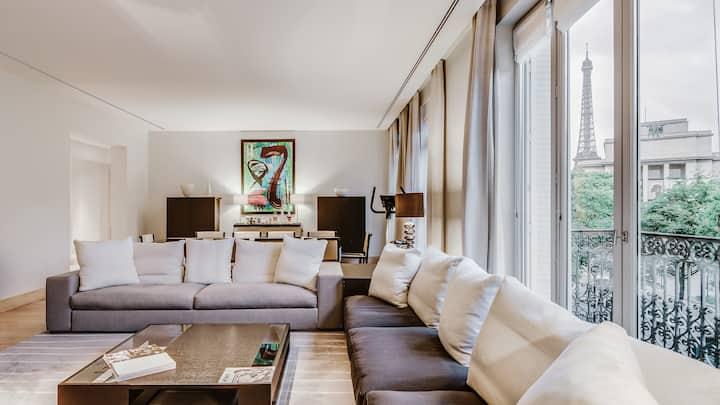 Luxury Trocadero
