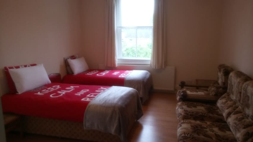 Vicarage - Double Bedroom
