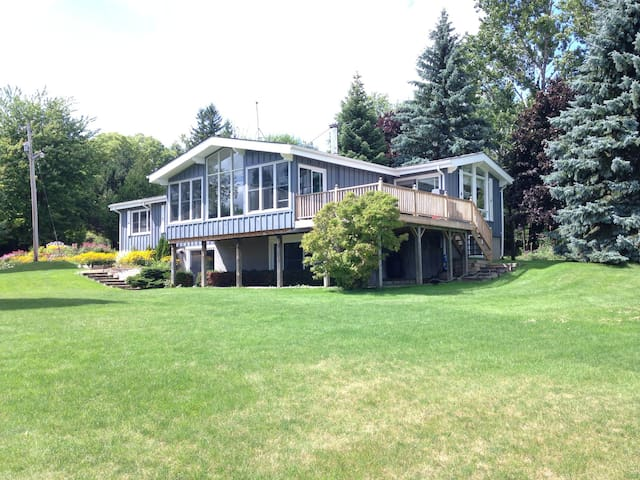 Country Getaway Perched on the Mulmur Hills - Mansfield - Kabin
