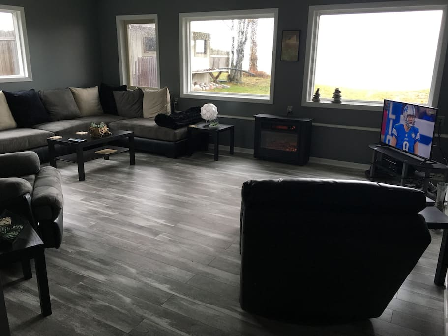 Living Room overlooking Lake Superior