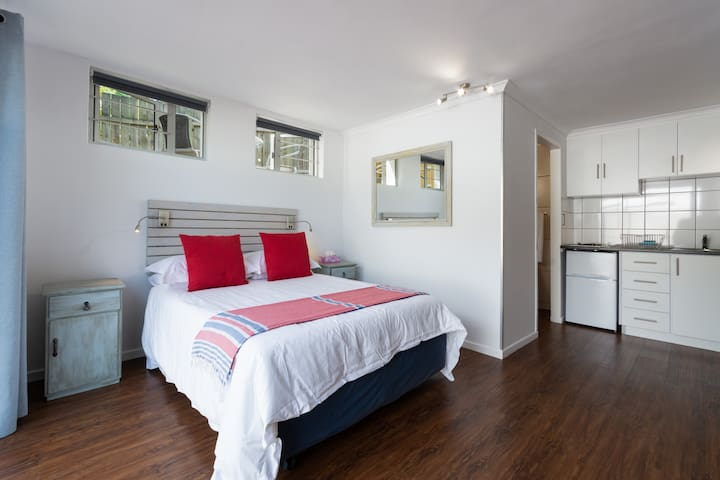 Knysna Songbird Studio Apartment