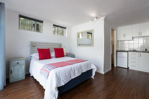 Knysna Songbird Studio Apartment
