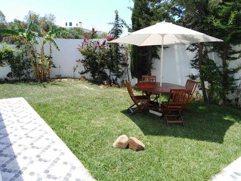 Villa de charme avec un grand jardin Hawaria plage