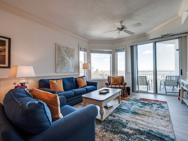 2413 SeaCrest ~ 4th Floor Ocean Views!