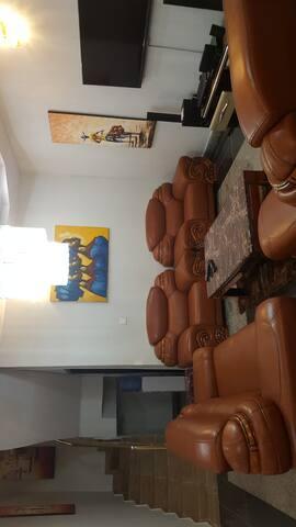 Feel at Home 4bedrooms duplex in lekki county home - Lagos - Casa