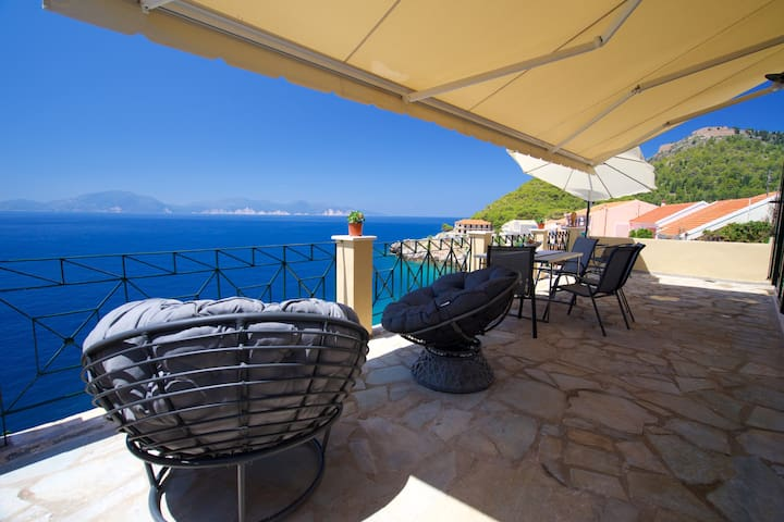 Villa Apoplous with amazing sea and sunset views