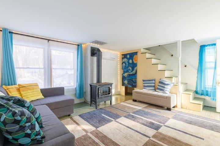 Cozy Apartment  with Sauna in Historic Stone Ridge