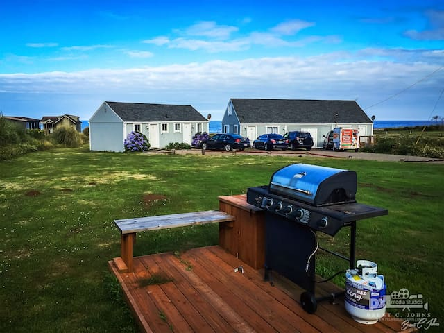 OceanFront Cottages in Yachats, Sleeps 25 - Yachats - Byt