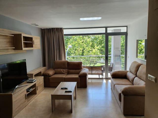 Apartamento centrico , dos dormitorios, A.A.