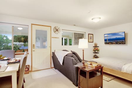 Grand Suite - Private Oasis Bellevue