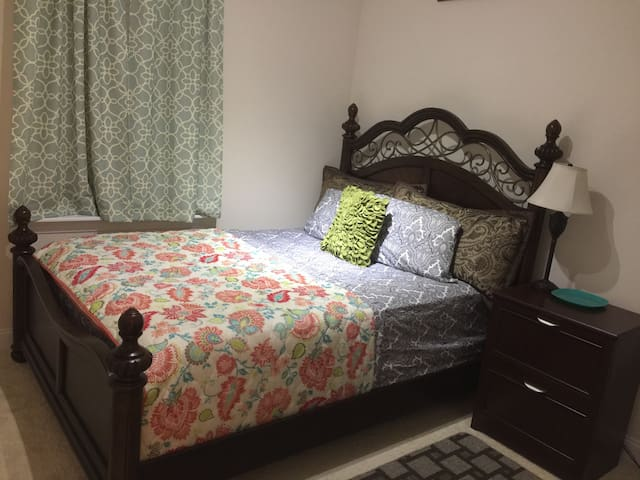 Comfortable room with Queen Bed - Fort Mill - House