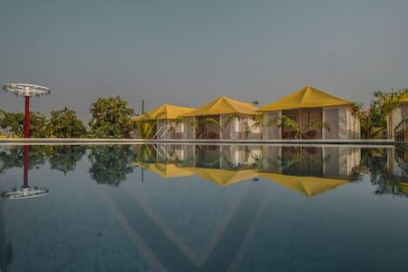 Igatpuri Modern Swiss Cottages - Perfect Getaway
