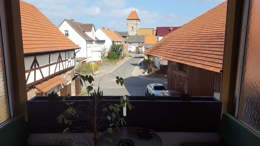 Ydillische Ruhe auf dem Land trotz guter Andindung - Malsfeld - Appartement