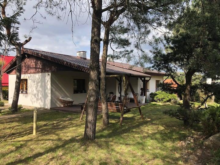 Dom nad jeziorem - na Mazurach.