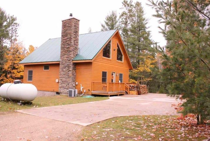 U.P. Cabin in the Woods