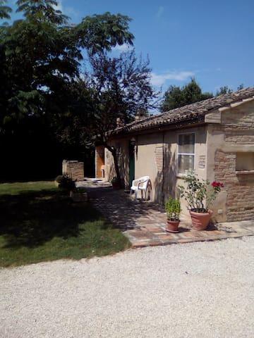 La casetta - Montelupone - บ้าน