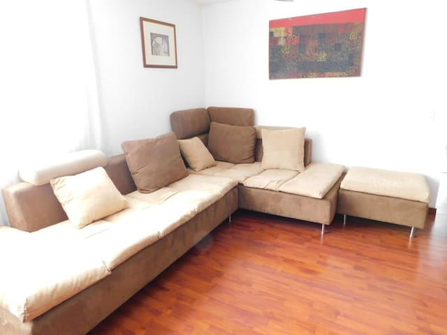 Living Room/Sala