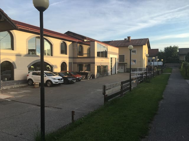 Apartments and Rooms Banjac - Maribor - Apartment